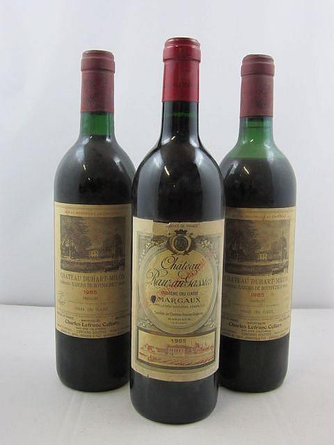 3 bouteilles 2 bts : CHÂTEAU DUHART MILON 1985 4è GC Pauillac (1 base goulot et 1 basse épaule, étiquettes export)
