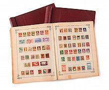 Étranger divers - 3 Albums et divers classeurs contenant des timbres-poste principalement oblitérés.