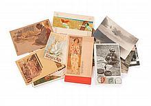 Cartes postales - Ensemble de cartes postales de divers illustrateurs dont Raphaël Kirchner, A. Hohenstein, et J. Abeillé. Joint, un...