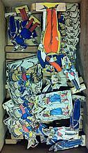 Lot de 95 figurines de carte