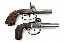 Lot de deux pistolets doubles, à coffres, à percussion.