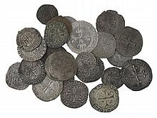 Henri VI (1422-1453). Blanc aux écus (Dy. 445). Louis XI (1461-1483). Gros de roi, blanc au soleil… Charles VIII (1483-1498). Karolu...