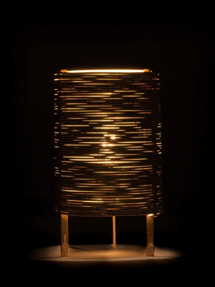 Paavo TYNELL (1890-1973) Rare lampe de table - Circa 1950 Structure et réflecteur en laiton, diffuseur en verre dépoli
