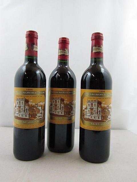 10 bouteilles CHÂTEAU DUCRU BEAUCAILLOU 1996 2è GC Saint Julien