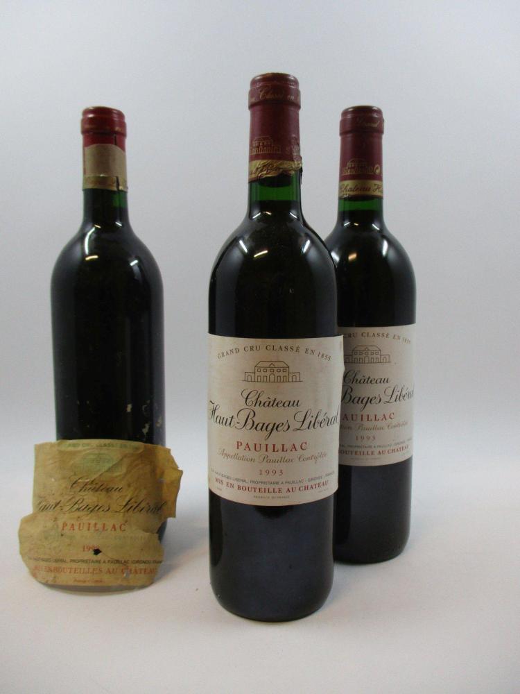 7 bouteilles 1 bt : CHÂTEAU HAUT BAGES LIBERAL 1990 5è GC Pauillac (étiquette très déchirée, décollée. Millésime inscrit sur le bouc...