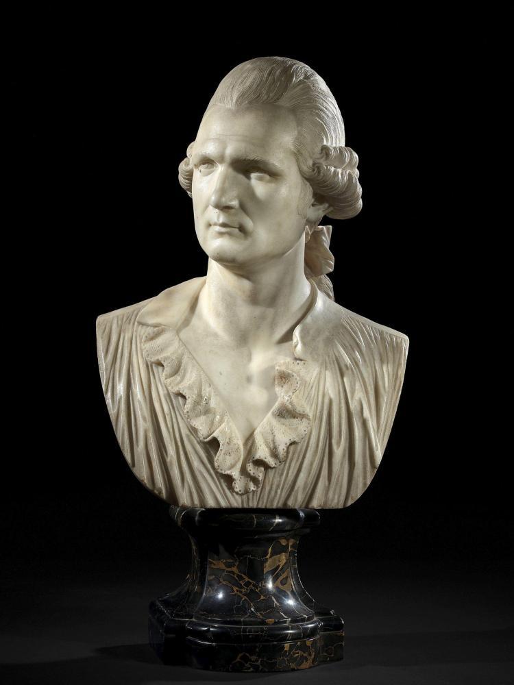 Ecole française vers 1780 Le chevalier Jean-François Trouard de Riolle Buste en marbre blanc