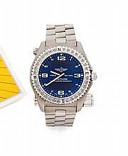 BREITLING  EMERGENCY, vers 2009 Grande montre bracelet en titane avec transmetteur intégré. Boîtier tonneau. Lunette tournante b...