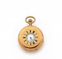 HENRY CAPT À GENEVE CHRONOMETRE, n° 35154, vers 1900 Montre de poche demi-savonnette en or 18K (750). Boîtier rond, lunette avec...