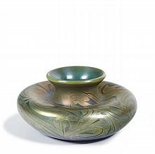 Louis Comfort TIFFANY 1848 - 1933 VASE