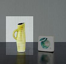Georges JOUVE (1910 - 1964) Pichet - 1950 Céramique émaillée jaune