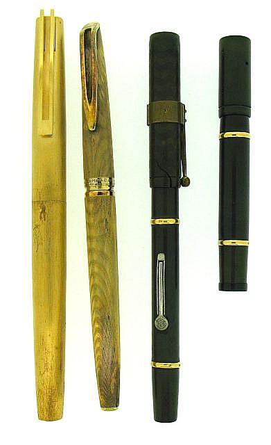 WATERMAN Lot de 4 stylos : un Man 21 plaqué or brossé, un plume CF 44 T plaqué or moiré (usure et bloc cassé), un 52 ½ ébonite noi.....