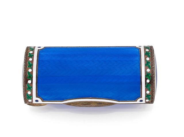 A SILVER AND BLUE ENAMEL PILL BOX