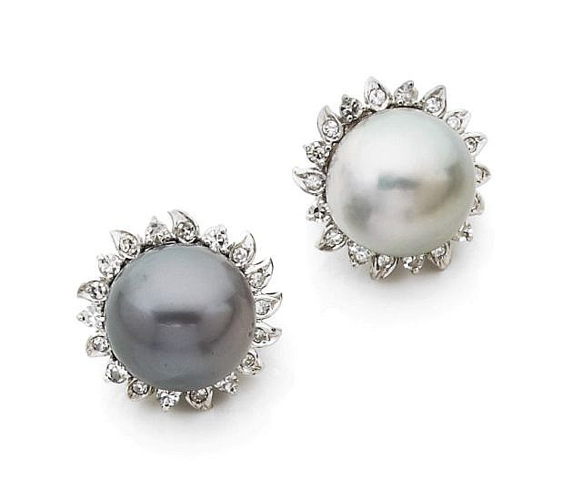 A PAIR OF CULTURED GREY PEARLS, DIAMOND AND WHITE GOLD EAR CLIPS