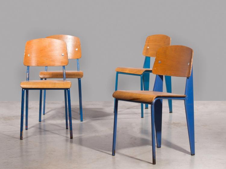 """Jean PROUVE (1901 -1984) Suite de quatre chaises mod. Metropole 305 dites """"Standard"""" - Circa 1950 Structure en tôle d'acier plié et..."""