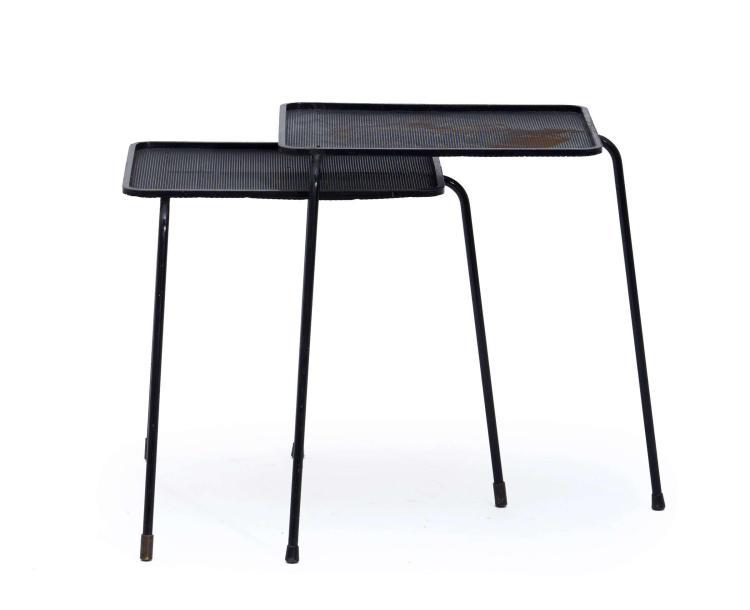 """Mathieu MATEGOT (1910 - 2001) Deux tables gigognes dites """"Soumba"""" - 1953 Piètement en métal laqué noir, plateau en métal perforé laq..."""