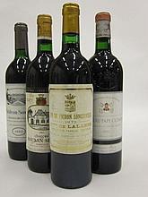 4 bouteilles 1 bt : CHÂTEAU PICHON COMTESSE DE LALANDE 1975 2è GC Pauillac (étiquette fanée)