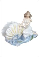 WOMAN & SHELL ON WAVE NAPKIN HOLDER