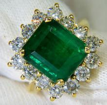 11.02CT 18KT NATURAL VIVID EMERALD DIAMOND RING