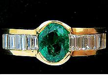 NATURAL 2.20CT VIVID GREEN EMERALD DIAMOND RING