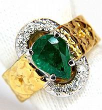 18KT 1.90CT NATURAL EMERALD DIAMOND RING SCALING