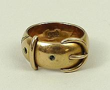 A 9ct gold ring in the form of a belt, size M, 7.7g.