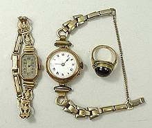 A lady's 9ct gold circular cased wristwatch, enamel dial bea
