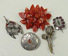 A Victorian agate flower brooch, Scottish silver r