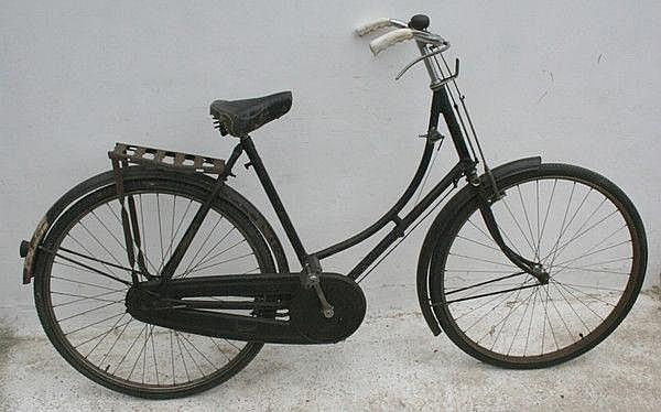 A vintage Raleigh ladies bicycle, circa 1930,