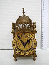 Mantel clock, lantern clock style,