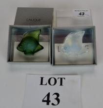 Two Lalique poisson cachet seal figures in opalescent and anthinea green, original boxes est: £40-£60 (O2)