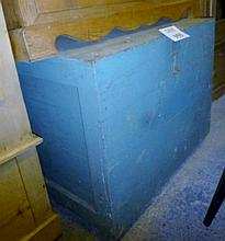 An early 20c painted pine trunk with lift up lid est: £30-£50