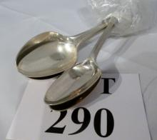 A set of six silver dessert spoons London 1782 maker Richard Crossley (196.1g) est: £40-£60