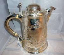 Bentley's - Antiques & Fine Art Part 1 - Saleroom 2 - Silver, Jewellery, Porcelain & Chattels, Paintings, Rugs, Sporting