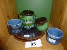 Eight items of studio pottery est: £20-£40 (B9)