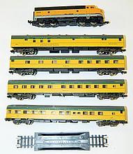 5 piece train set