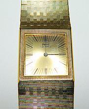 Piaget Men's 18k gold wrist watch