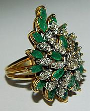 18 kt. gold, diamond and emerald ring