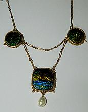 10 kt. gold and enameled pendant necklace