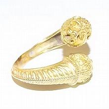 18K Gold Ring with Animal Heads