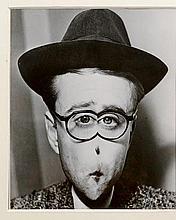 Arthur H.FELLIG dit WEEGEE (1899-1968) Distorsion   Tirage argentique postérieur, porte le tampon Atlantic Press au dos   23 x 19,2 cm