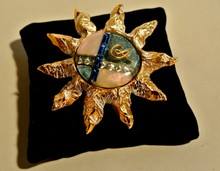 CHRISTIAN LACROIX Broche