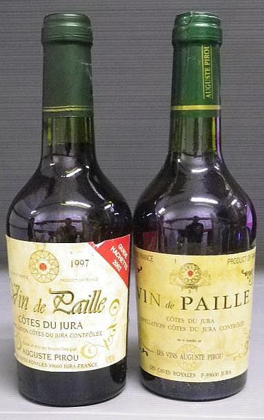 2 BOUTEILLES VIN DE PAILLE - A. PIROU  1997