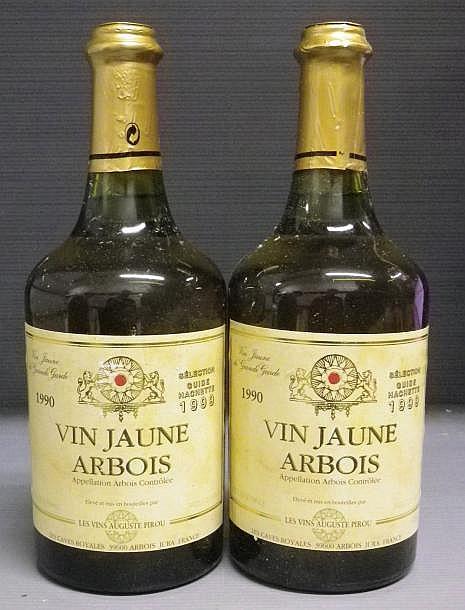 2 BOUTEILLES VIN JAUNE - A. PIROU 1990