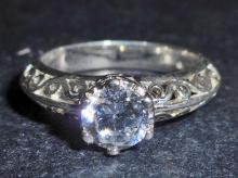 STERLING SILVER WHITE TOPAZ RING = SIZE 6