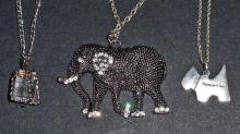 LOT OF 3 PENDANT NECKLACES ON CHAINS