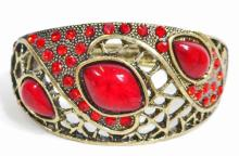 VICTORIAN STYLE RUBY COSTUME JEWELERY