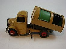 A Dinky Toy 252 Bedford Rest Fuse Wagon 1954-60