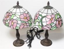 A pair of leadlight side lamps 40cm