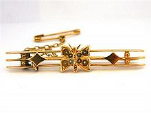 An Australian 9ct Yellow Gold Bar and Butterfly Brooch