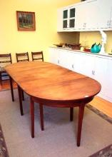 A 19th Century mahogany extension dining table,